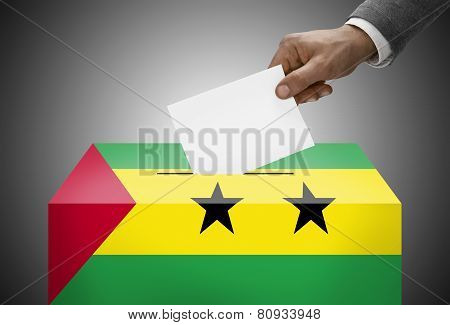 Ballot Box Painted Into National Flag Colors - Sao Tome And Principe