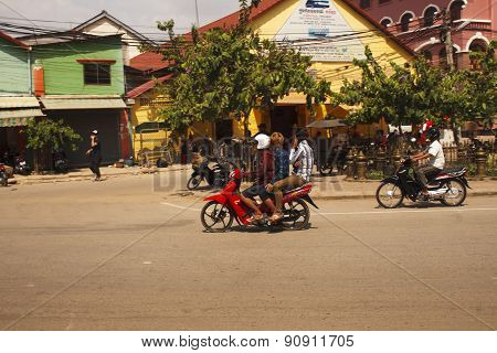 Traffic In Siem Reap