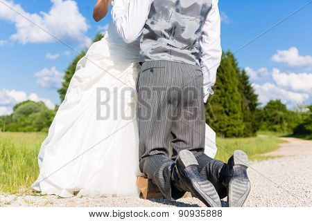 Groom begging bride for mercy after bridal kidnapping