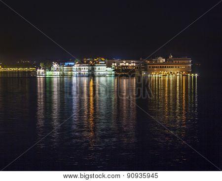 View Over Lake Pichola At Dusk To Thew Lake Palace