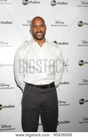 LOS ANGELES - MAY 17:  Henry Simmons at the ABC International Upfronts 2015 at the Disney Studios on May 17, 2015 in Burbank, CA