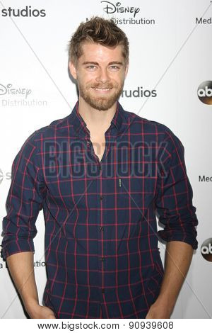 LOS ANGELES - MAY 17:  Luke Mitchell at the ABC International Upfronts 2015 at the Disney Studios on May 17, 2015 in Burbank, CA