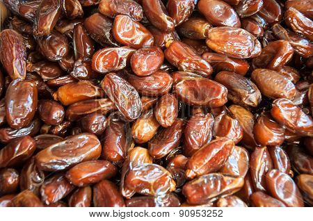 Tunisian Dates