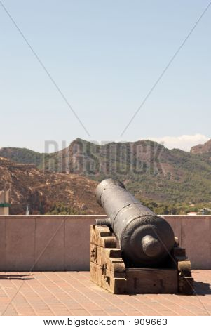 poster of Gun In The City Castle  Of Cartagena