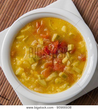 Minestrone soup Bean Zucchini soup