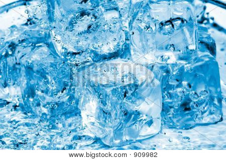 Water And Icecubes