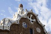 picture of gingerbread house  - The roof of a gingerbread house in the Park Guell - JPG