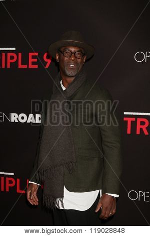LOS ANGELES - FEB 16:  Isaiah Washington at the Triple 9 Premiere at the Regal 14 Theaters on February 16, 2016 in Los Angeles, CA