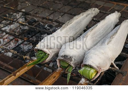 Salt-crusted Grilled Fish