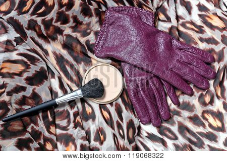 Purple Leather Women's Gloves With Powder Grease-paint