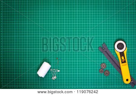 Sewing utensils on cutting map