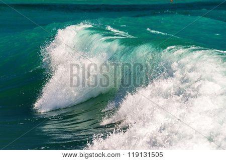 big green wave close up