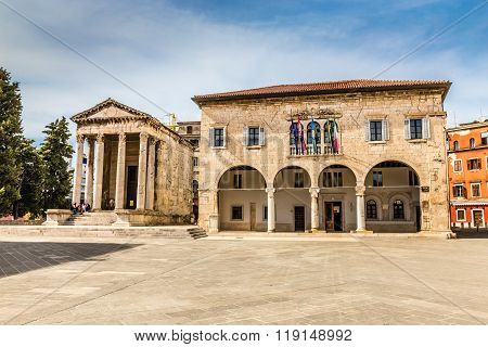 Augustus Ancient Temple And Town Hall-pula,croatia
