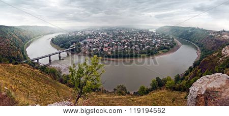 Panoramic views of the river Dniester