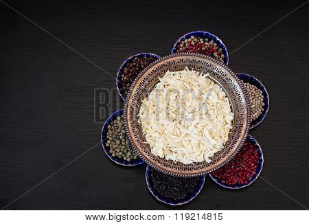 Onion Flakes And Five Types Of Pepper