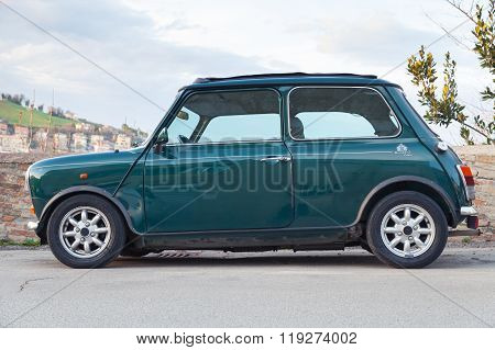Austin Mini Cooper Mk Iii Side View