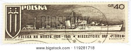 POLAND - CIRCA 1970: A postage stamp printed in Poland, shows Polish Navy destroyer