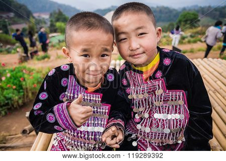 MON CHAM CHIANGMAI-THAILAND - JAN 19: Unidentified traditionally dressed Hmong hill tribe children in MON CHAM hill on January 19 2014.CHIANGMAI THAILAND