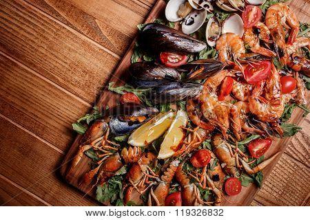 Fresh Mussels, Crayfish, Shrimp. Seafood Platter