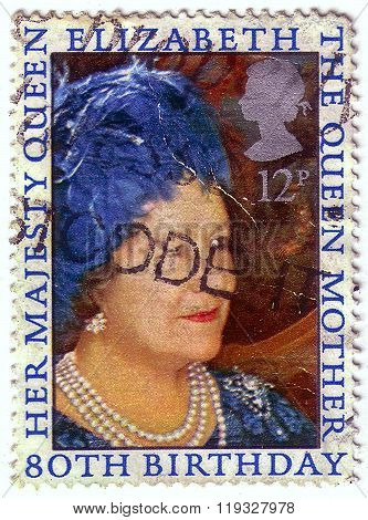 United Kingdom - Circa 1980: A Stamp Printed In United Kingdom Shows Portraits Of Elizabeth Ii, Insc