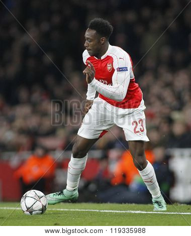 LONDON, ENGLAND - FEBRUARY 23: Danny Welbeck of Arsenal during the Champions League match between Arsenal and Barcelona at The Emirates Stadium