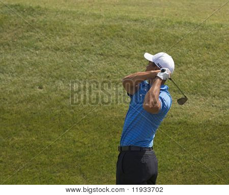 Tiger Woods warms up at the 2008 U.S. Open at Torrey Pines Golf Course in San Diego, California.
