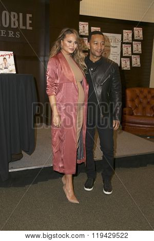 LOS ANGELES - FEB 23:  Chrissy Teigen, John Legend at the Book Signing of Cravings - Recipes For All The Food You Want To Eat at Barnes and Noble at The Gorve on February 23, 2016 in Los Angeles, CA