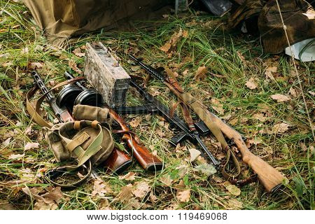 German and Soviet russian military ammunition weapon of World Wa