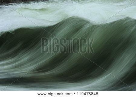 Roaring wave in munich
