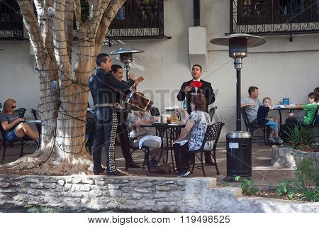 San Antonio, Tx/usa - Circa November 2011: Mexican Band Plays For Tourists Inside The Restaurant At