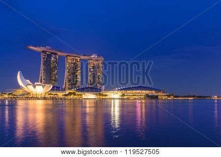 SINGAPORE CITY, SINGAPORE - FEBRUARY 21, 2016: Singapore Skyline And View Of Marina Bay sands. Travel, Singapore on FEBRYARY 21, 2016
