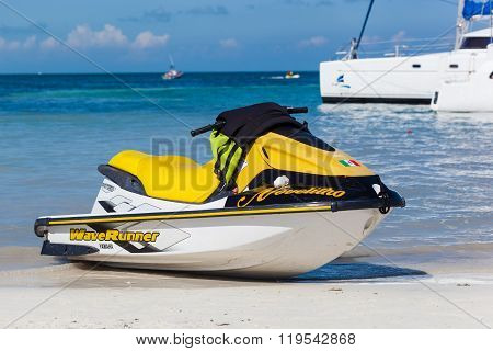 Jet Ski On Beach, Marina Chac-chi