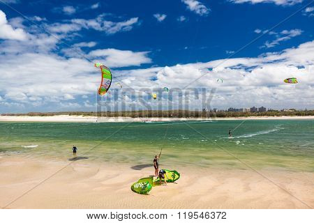 CALOUNDRA, AUS - FEB 22 2016: Multiple kite surfers at Bulcock Beach Caloundra, Queensland, Australia