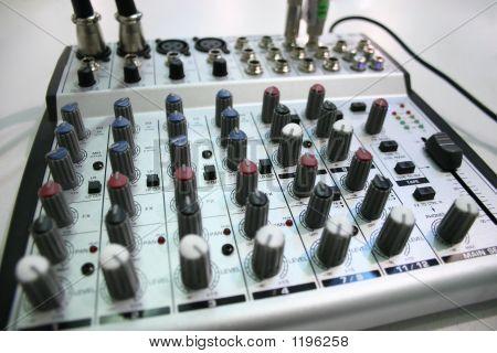 Music Under Control 2