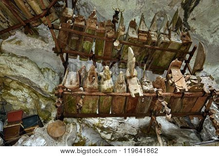 ?ollection Of Very Old Coffins In Londa. Tana Toraja, South Sulawesi, Indonesia