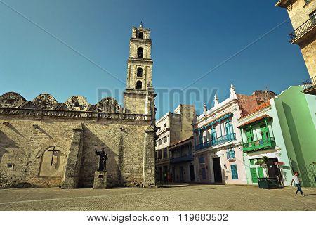 HAVANA,CUBA-JUNE 27,2015: The basilica and the monastery of San Francisco de Asis or Saint Francis