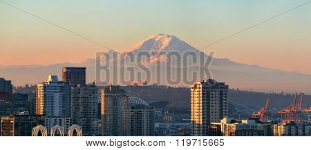Mount Rainier and Seattle city architecture panorama