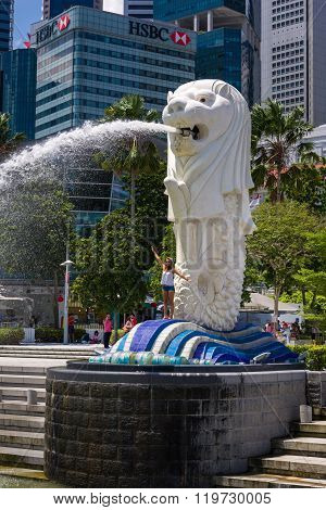Tourist With Merlion