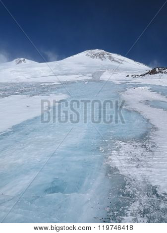 Ebrus