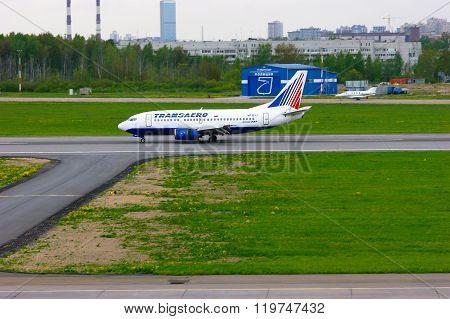 Transaero Airline Boeing 737-524 Aircraft  In Pulkovo International Airport In Saint-petersburg