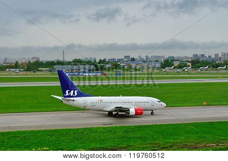 Sas Scandinavian Airlines Boeing 737-683 Aircraft  In Pulkovo International Airport
