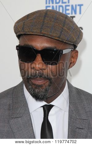 LOS ANGELES - FEB 27:  Idris Elba at the 2016 Film Independent Spirit Awards at the Santa Monica Beach on February 27, 2016 in Santa Monica, CA