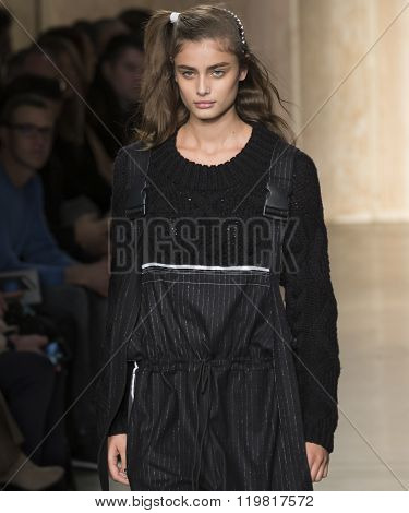 Dkny - Fall Winter 2016 Collection