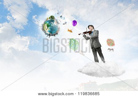Humorous violin performer