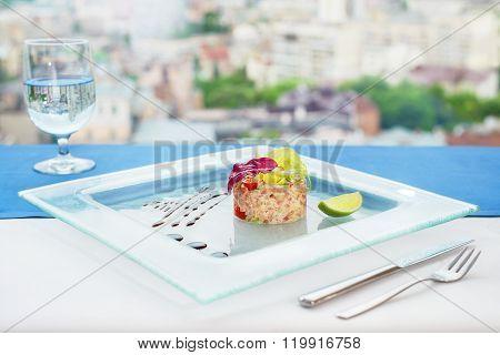 Tuna tartar with caviar