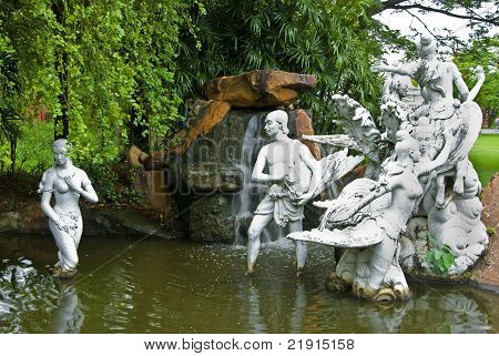 Statues of the characters in Thai literature