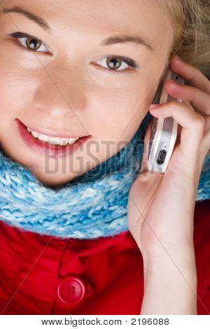 geschäftsfrau mit Mobiltelefon