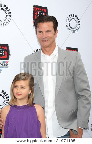 LOS ANGELES - APR 12:  Lorenzo Lamas arrives at Warner Brothers