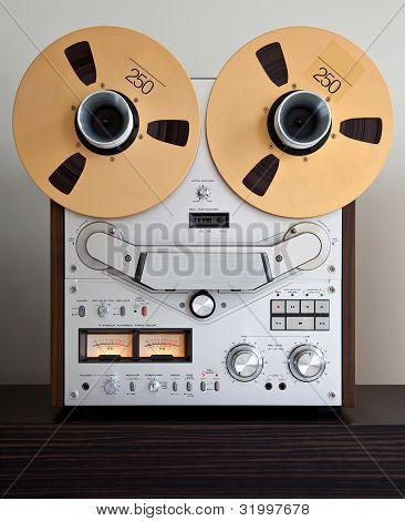 Professional Stereo Open Reel Tape Deck Recorder