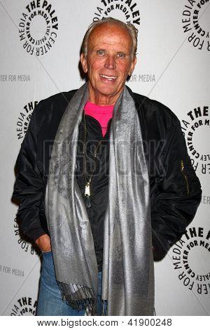 LOS ANGELES - JAN 28:  Peter Weller arrives at the